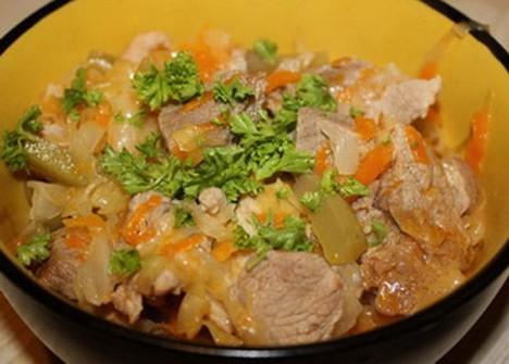 МЯСО ТУШЕНОЕ, блюдо латышской кухни.  Рецепт на 4 порции.