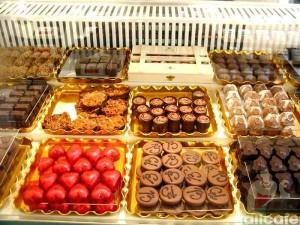 Шоколадный бутик в Париже