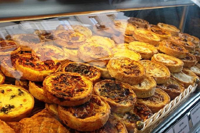 Киш (пирог с мясом, сыром и яйцом) (Франция)