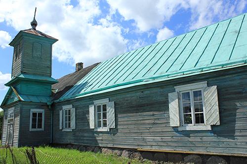 Старообрядческая церковь в деревне Буловишки