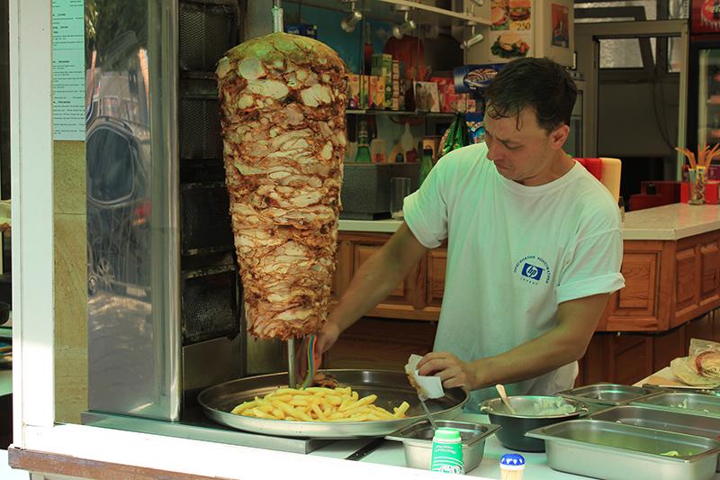 2-mesto-Kebab-Povar
